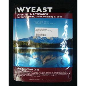 Dry Mead: Wyeast 4632